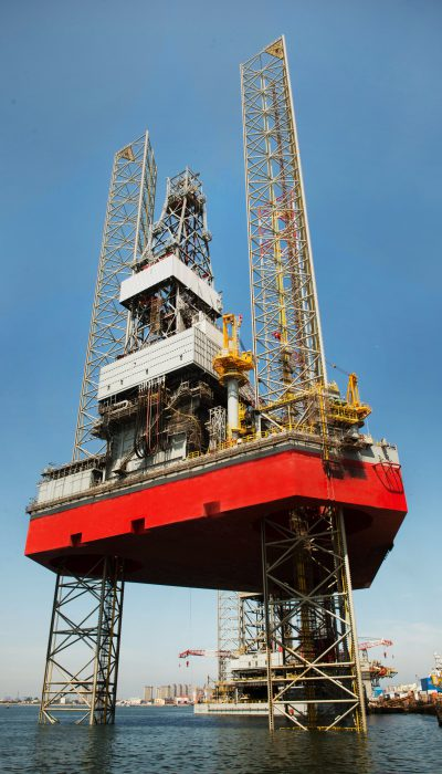 http://en.coastalcontracts.com/wp-content/uploads/2018/07/Jack-Up-Rig-Track-records-400x700.jpg